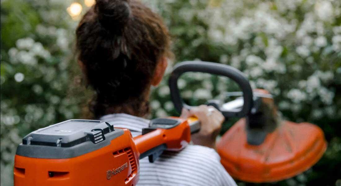 Naiset suosivat akkukäyttöisiä puutarhalaitteita