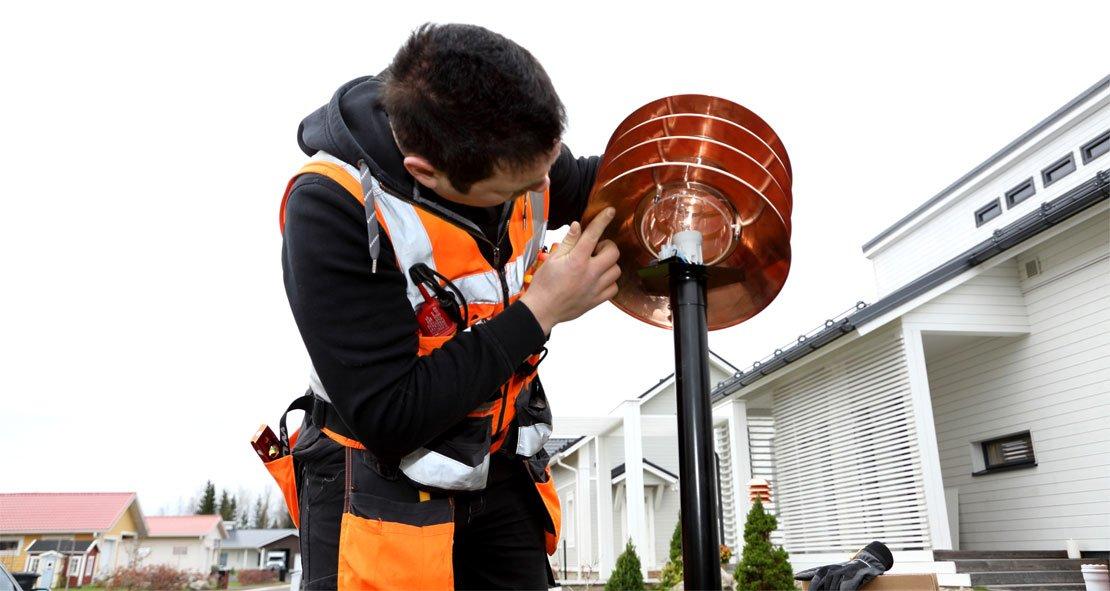 Nyt on aika miettiä kotipihan sähköistyksen parantaminen